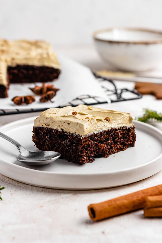 VEGAN GINGERBREAD SHEET CAKE WITH MOLASSES BUTTERCREAM FROSTING