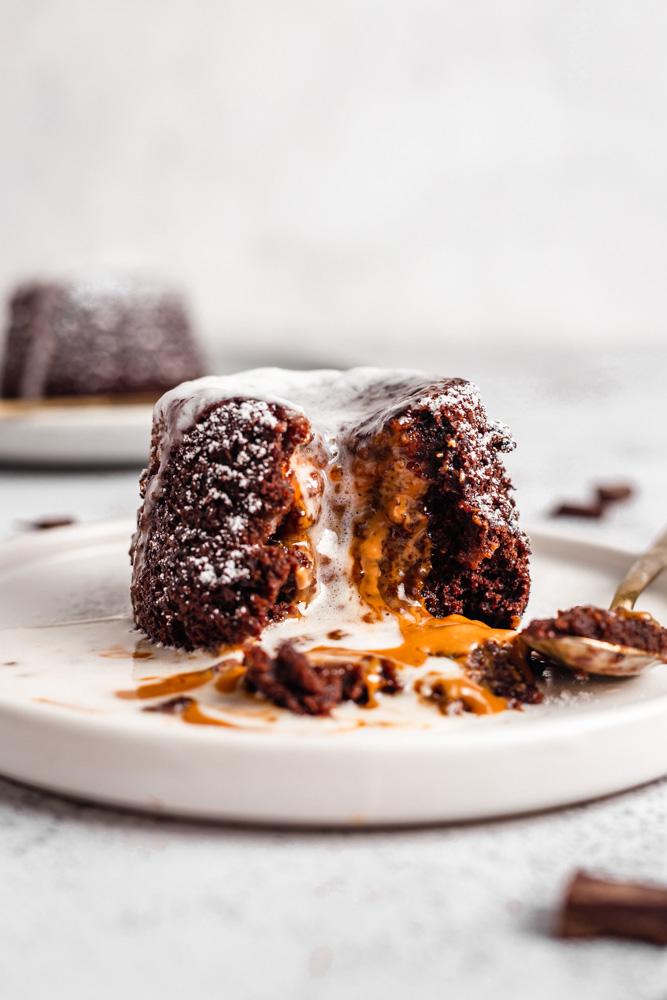 VEGAN BISCOFF CHOCOLATE LAVA CAKE
