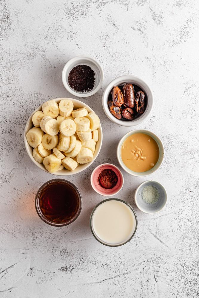 Ingredients for vegan caramel coffee smoothie