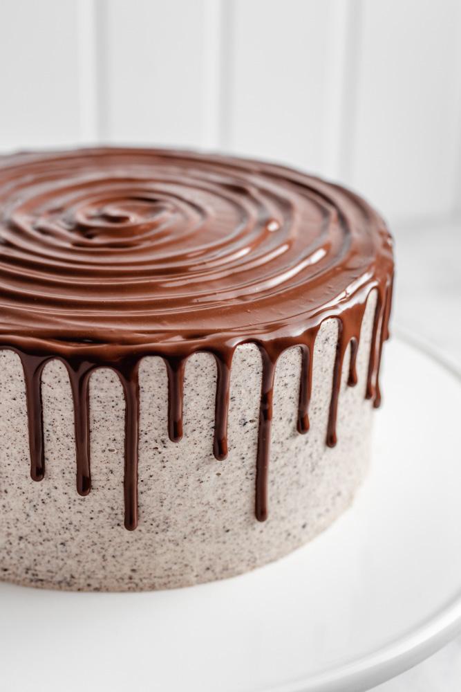 Chocolate ganache drip on Oreo cake
